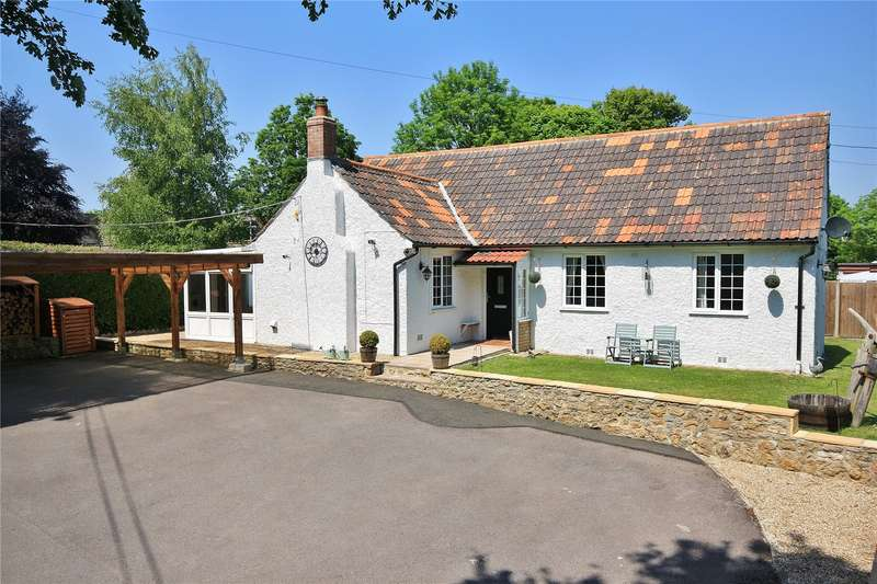 4 Bedrooms Detached Bungalow for sale in Yeovil Road, Crewkerne, Somerset, TA18