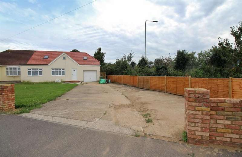 5 Bedrooms Semi Detached Bungalow for sale in Basilon Road, Bexleyheath