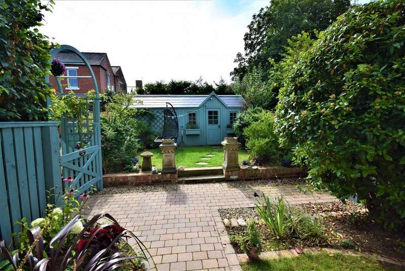 3 Bedrooms Terraced House for sale in Gill Street, Saltburn TS12