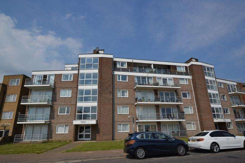 2 Bedrooms Apartment Flat for rent in Marine Parade East, Clacton-On-Sea