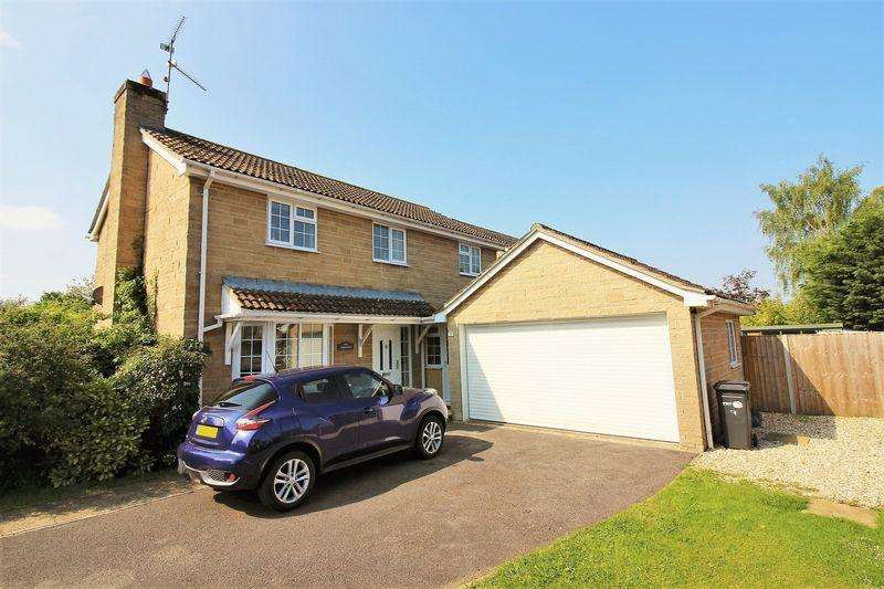 4 Bedrooms Detached House for sale in Fairfield, Martock