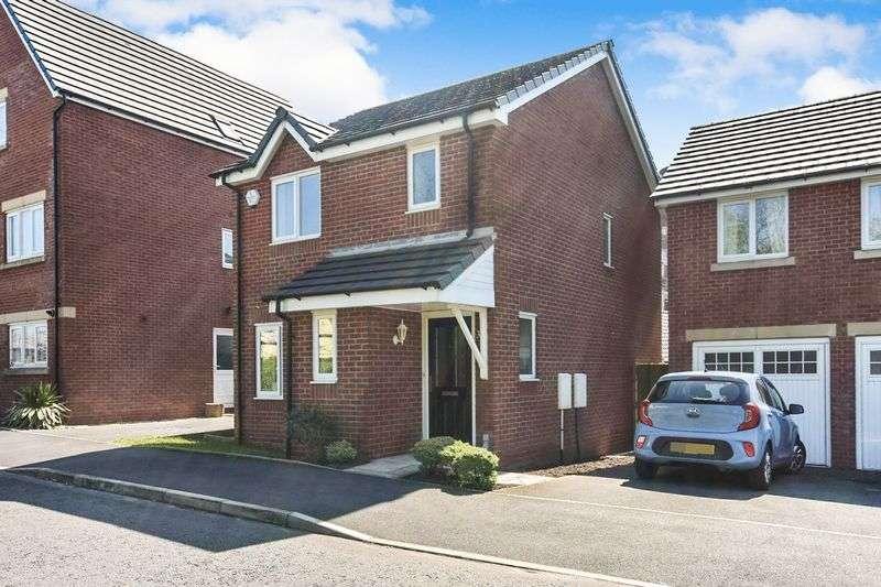 3 Bedrooms Property for sale in Wilton Lane, Bury, M26. 3 BED DETACHED, GARAGE, EN SUITE, NHBC, SUPER FAMILY HOME