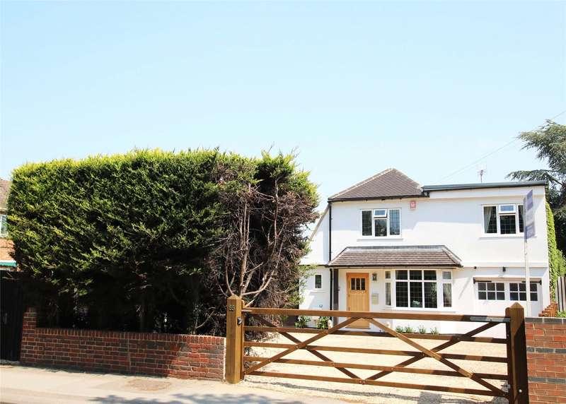 4 Bedrooms Detached House for sale in Byfleet Road, New Haw, Surrey, KT15