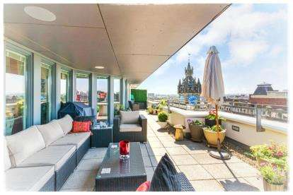 3 Bedrooms Flat for sale in High Street, Merchant Building, Glasgow