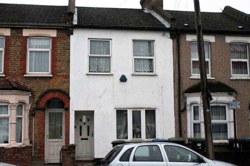 2 Bedrooms Terraced House for sale in St Martin's Road