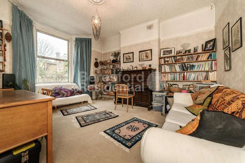 4 Bedrooms Terraced House for sale in Winslade Road, Brixton, SW2