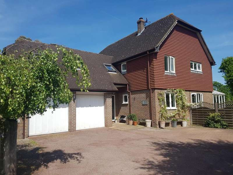 5 Bedrooms Detached House for sale in HIGH HALDEN