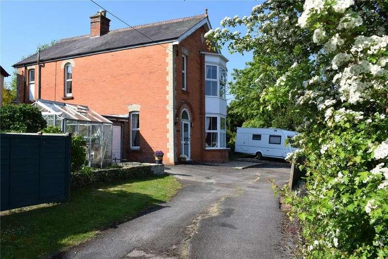 4 Bedrooms Detached House for sale in Crock Lane, Bridport, Dorset