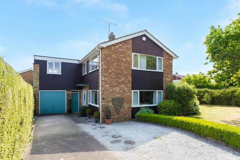 4 Bedrooms Detached House for sale in Sedgmoor Road, Flackwell Heath