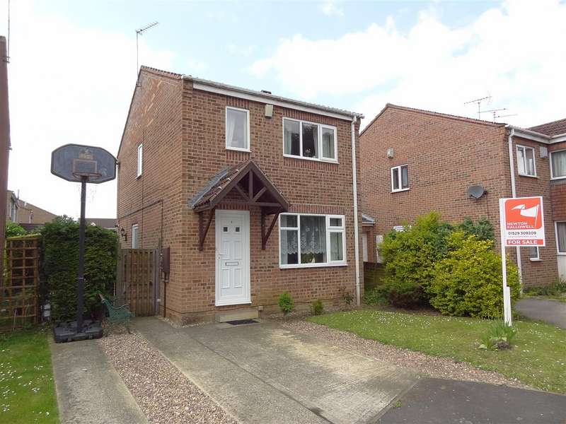3 Bedrooms Property for sale in Spinners Close, Sleaford