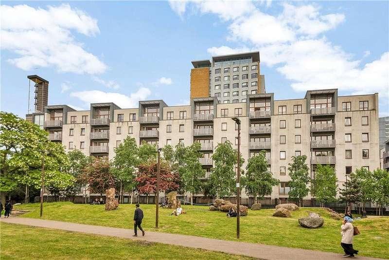 2 Bedrooms Flat for sale in Naylor Building East, 15 Adler Street, Aldgate, London, E1