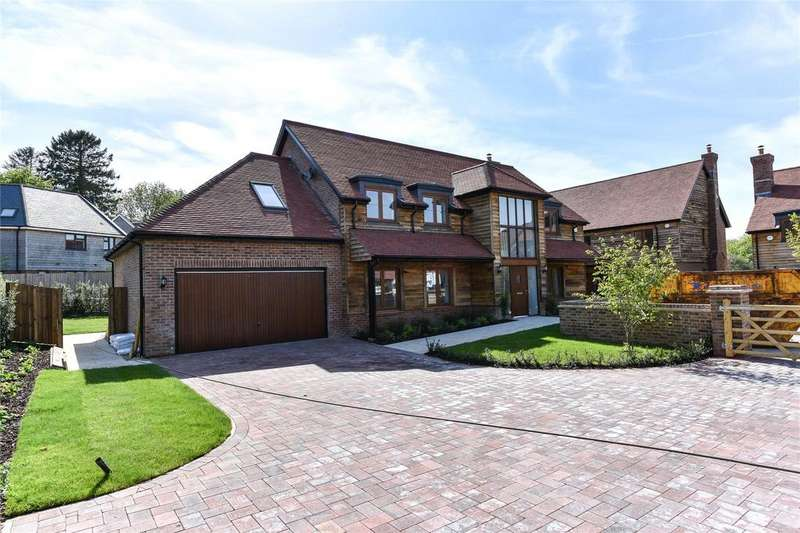 5 Bedrooms Detached House for sale in Colemore House, The Stables, Medstead