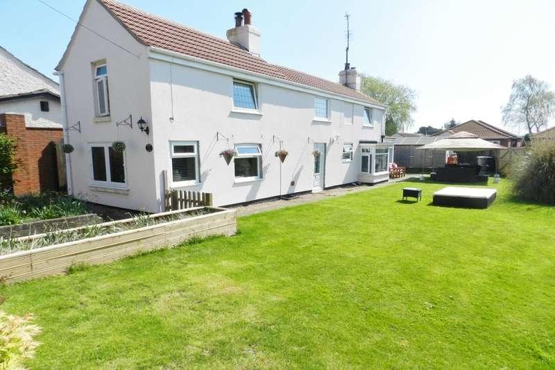 3 Bedrooms Detached House for sale in Thames Street, Hogsthorpe, Skegness, PE24