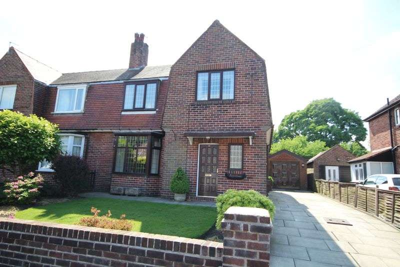 3 Bedrooms Property for sale in Wood Top Avenue Bamford, Rochdale