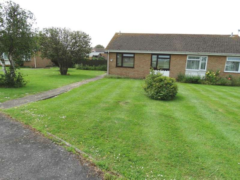 2 Bedrooms Semi Detached Bungalow for sale in Tolkien Road, Langney