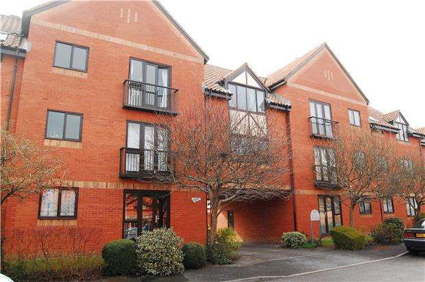 2 Bedrooms Maisonette Flat for sale in Meredith Court, Canada Way, BRISTOL, BS1 6XX