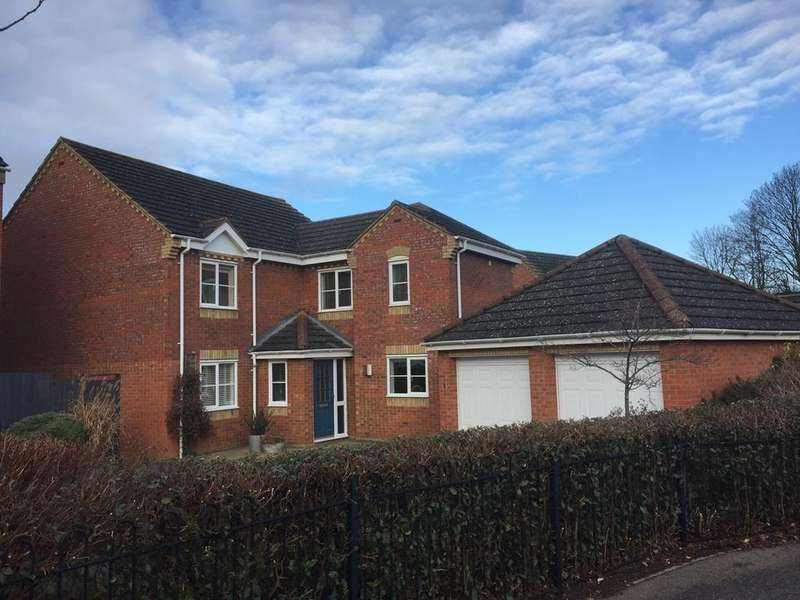 4 Bedrooms Detached House for sale in Garden Fields, Potton, Bedfordshire SG19