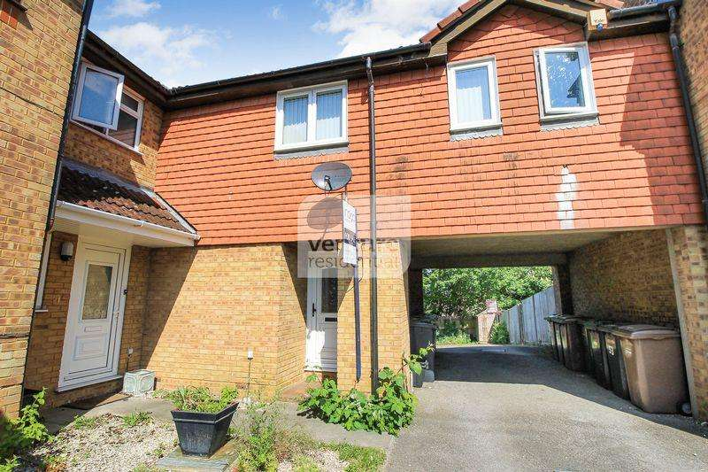 1 Bedroom House for sale in Pomeroy Grove, Luton