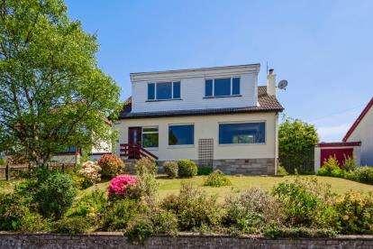 4 Bedrooms Detached House for sale in Fosterland, Skelmorlie