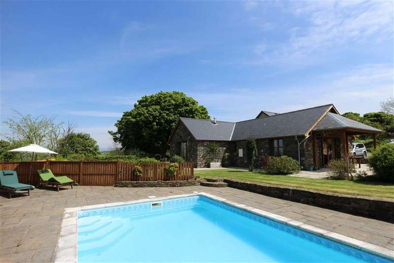 3 Bedrooms Property for sale in Llangwyryfon