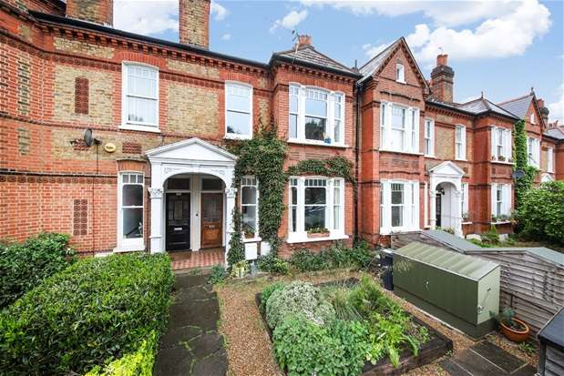 2 Bedrooms Maisonette Flat for sale in Croxted Road, Dulwich