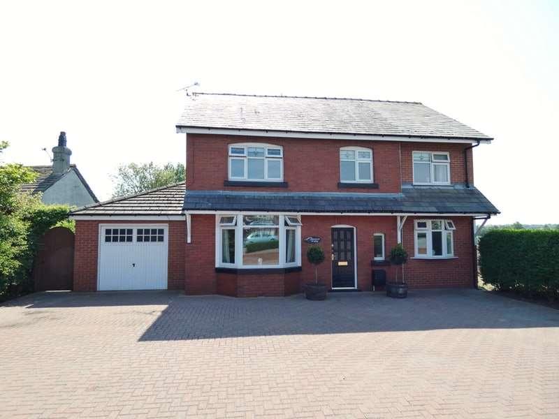 4 Bedrooms Detached House for sale in Moss Lane, Burscough, Lancashire, L40