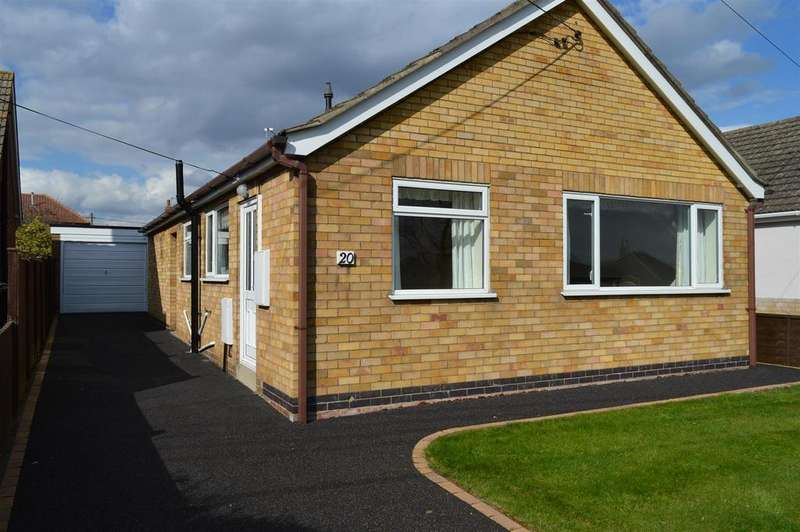3 Bedrooms Detached Bungalow for sale in St. Andrews Crescent, Leasingham, Sleaford