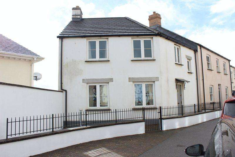 3 Bedrooms Semi Detached House for sale in Trevail Way, St Austell