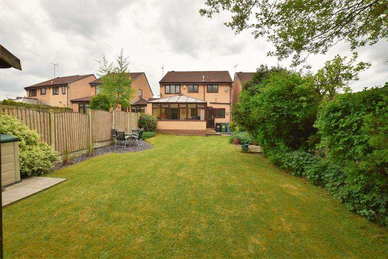 4 Bedrooms Detached House for sale in Highland Road, New Whittington, Chesterfield