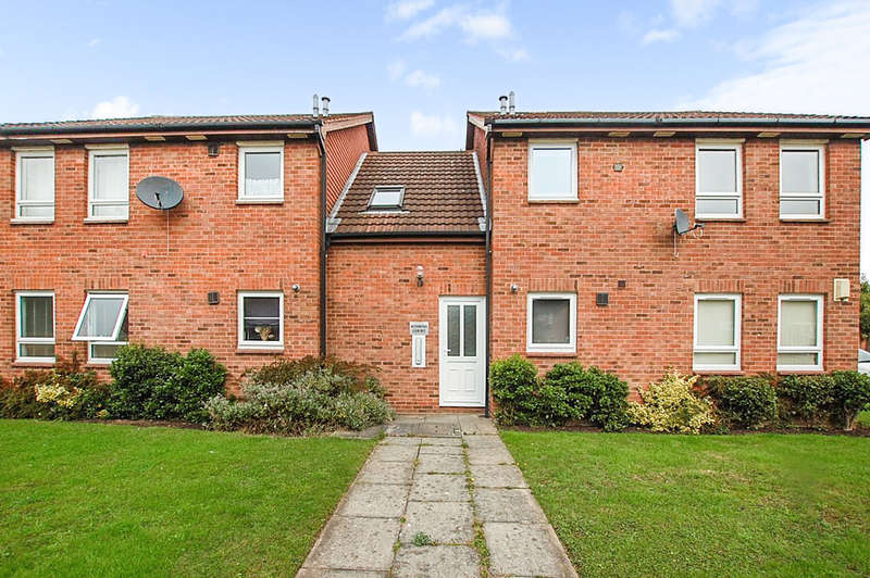 Flat for sale in Bluebell Close, Huntington, Chester