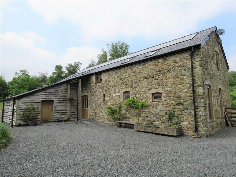 3 Bedrooms Detached House for sale in Caersws, SY17