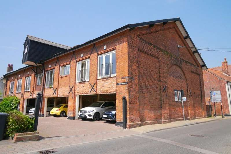 3 Bedrooms Town House for sale in The Tannery, Northgate, Beccles