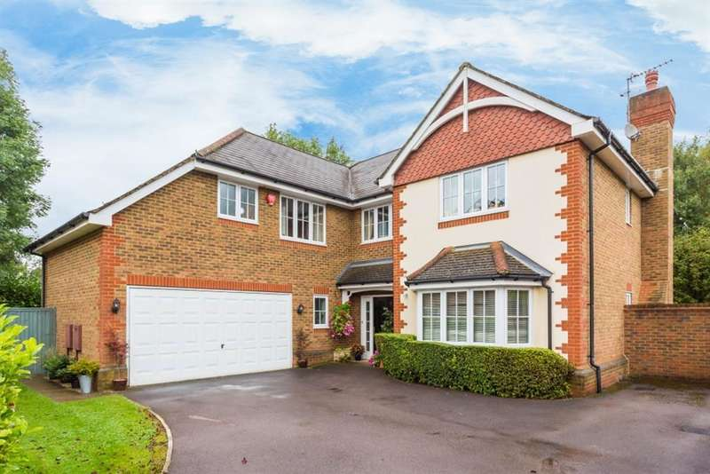 5 Bedrooms Detached House for sale in Cedar Close, Chesham, Buckinghamshire, HP5 3LL