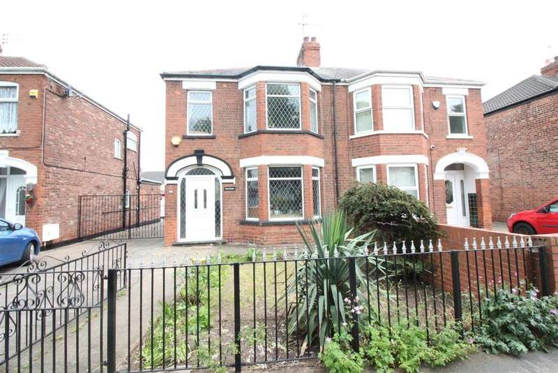 3 Bedrooms Semi Detached House for sale in Hall Road, Hull