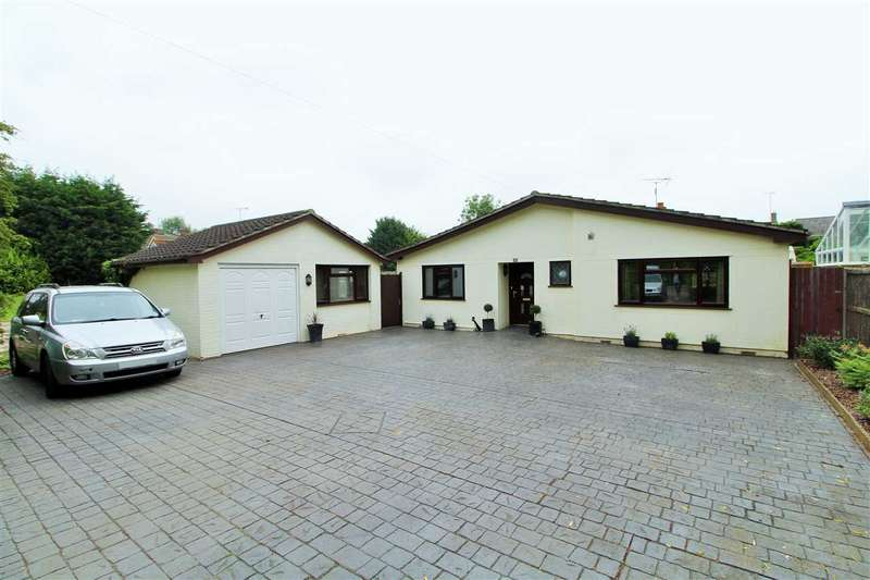4 Bedrooms Bungalow for sale in Spring Lane, Eight Ash Green, Colchester