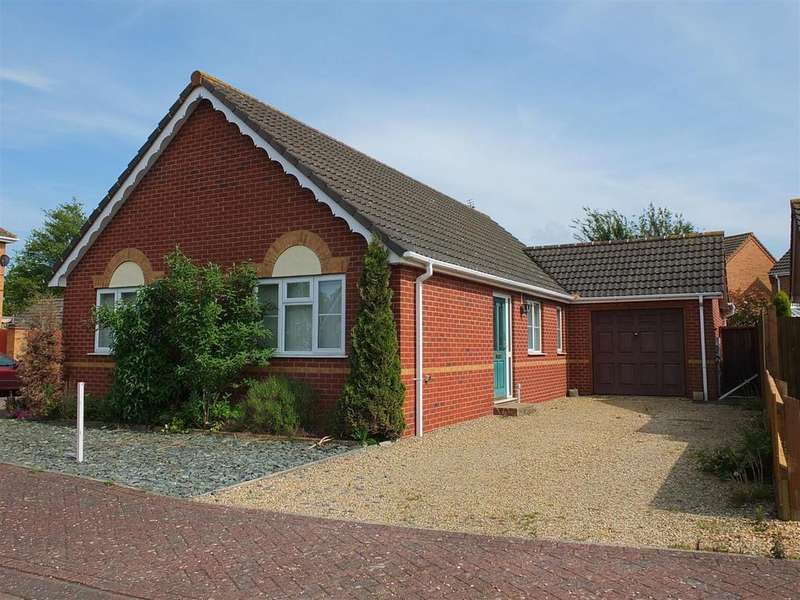 3 Bedrooms Detached Bungalow for sale in John Swains Way, Long Sutton