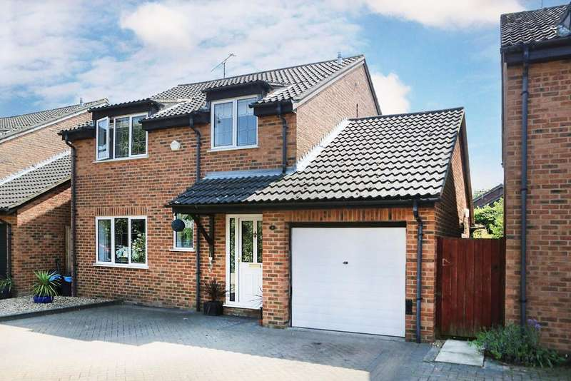 4 Bedrooms Detached House for sale in Elveden Close, Lower Earley, Reading, RG6 3AX