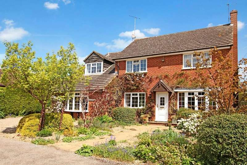 5 Bedrooms Detached House for sale in Dorton, Buckinghamshire