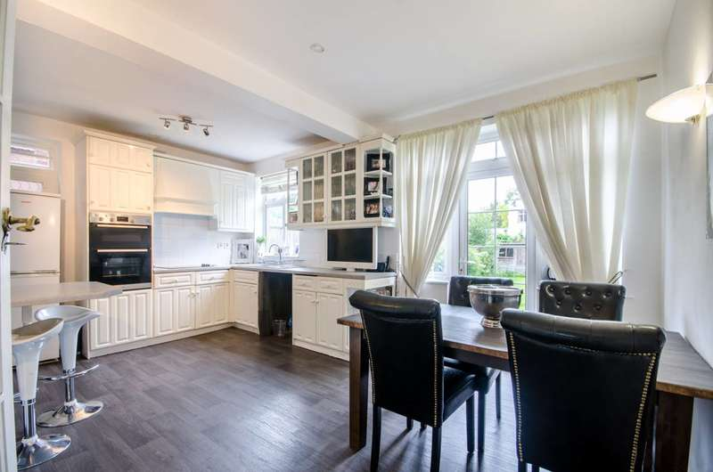 4 Bedrooms Semi Detached House for sale in Tracey Avenue, Willesden Green, NW2
