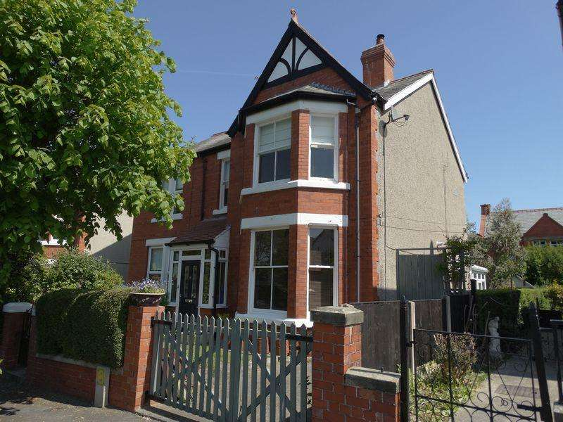 3 Bedrooms Semi Detached House for sale in Dingle Hill, Colwyn Bay