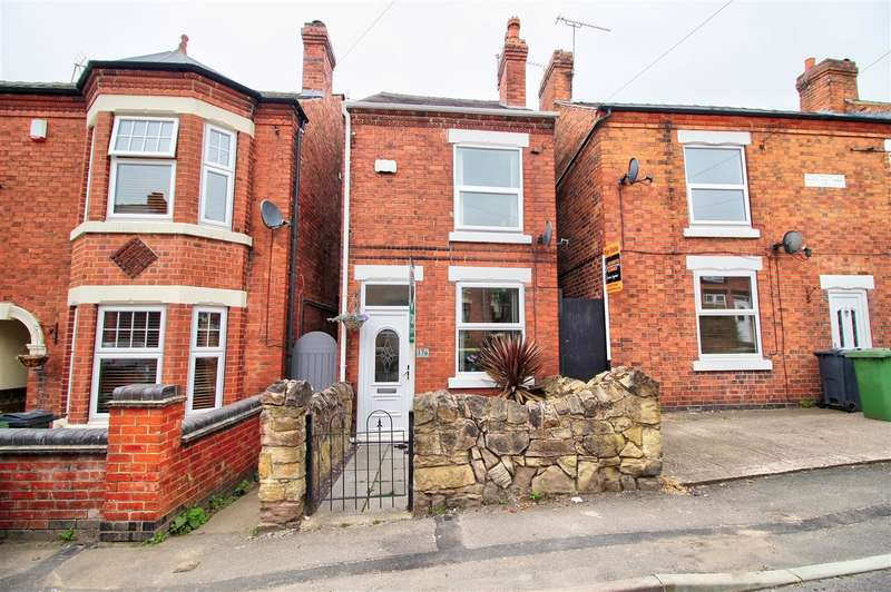 3 Bedrooms Detached House for sale in Claramount Road, Heanor