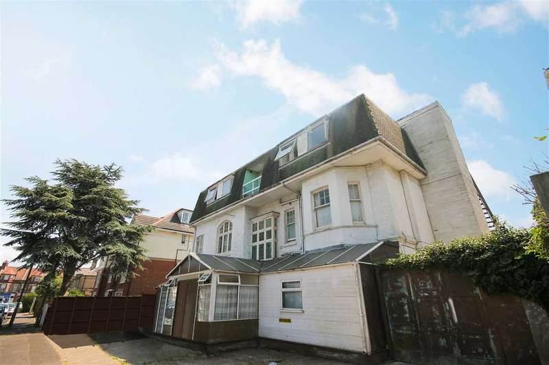 14 Bedrooms Detached House for sale in Portchester Place, Bournemouth