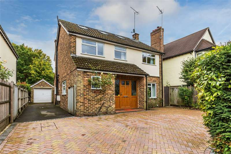 5 Bedrooms Detached House for sale in Highfield Road, West Byfleet, Surrey, KT14