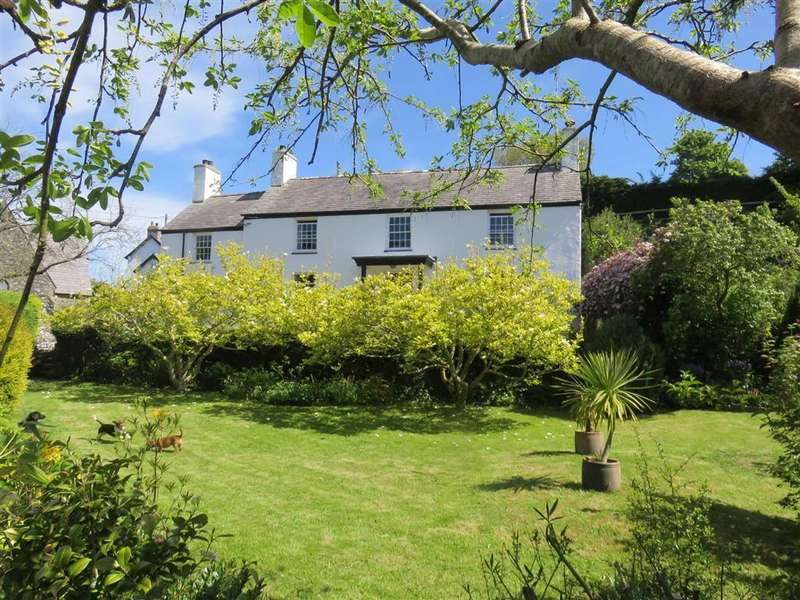 5 Bedrooms Detached House for sale in Llanddona Beach, Beaumaris, Anglesey