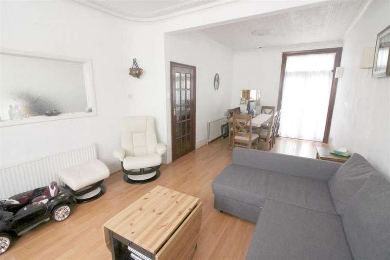 3 Bedrooms House for sale in Black Boy Lane, London