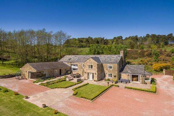 7 Bedrooms Detached House for sale in Old Clitheroe Road, Dutton, Preston PR3