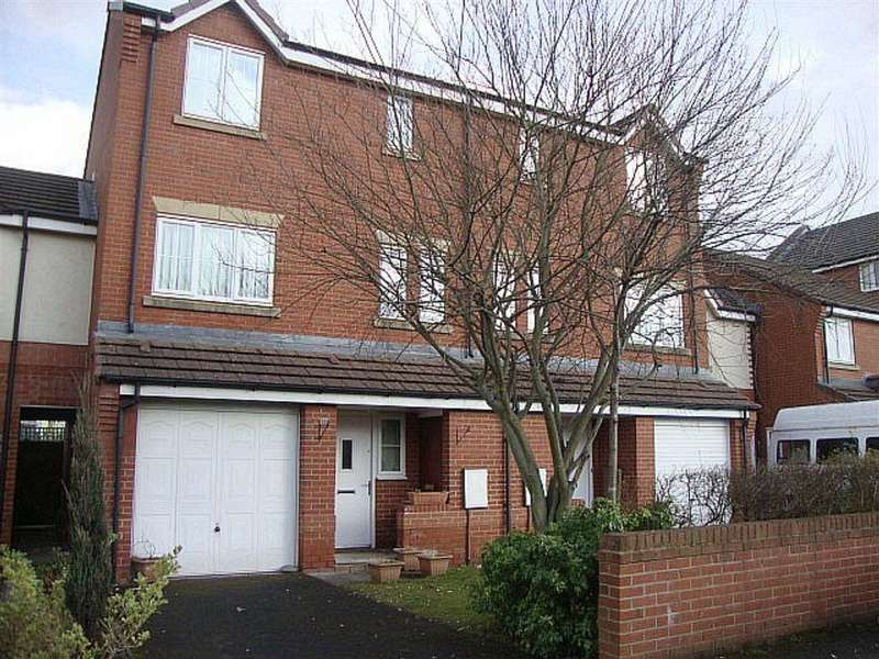 4 Bedrooms Town House for sale in Rawsthorne Avenue, Gorton, Manchester