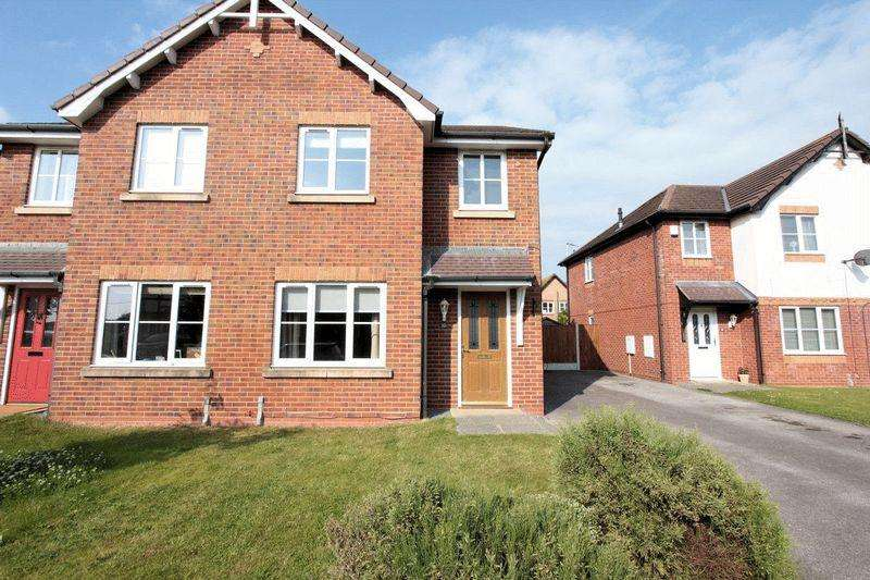 3 Bedrooms Semi Detached House for sale in Llys Vyrnwy, Kinmel Bay
