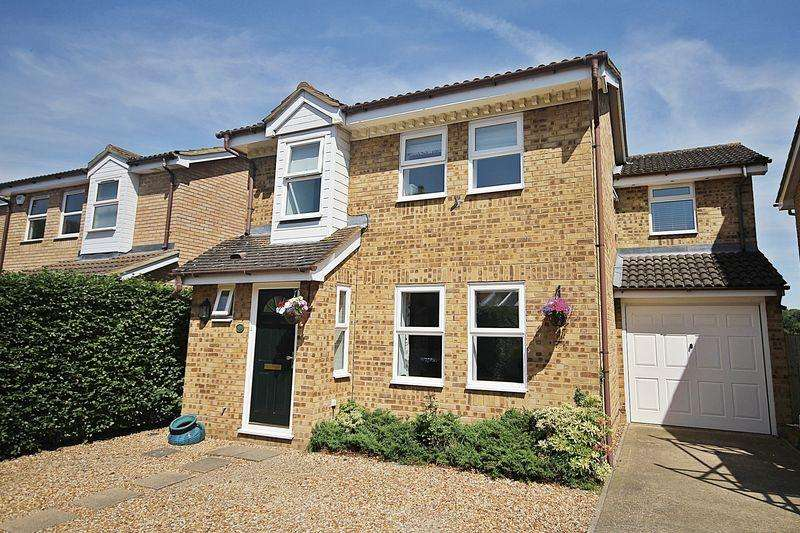 4 Bedrooms Detached House for sale in Moor Lane, Flitwick