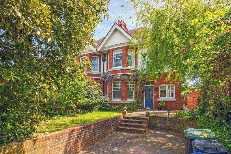 4 Bedrooms Semi Detached House for sale in Southdown Road, Shoreham-By-Sea